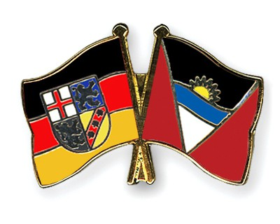 Crossed Flag Pins Saarland-Antigua-and-Barbuda