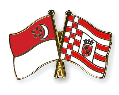 Crossed Flag Pins Singapore-Bremen