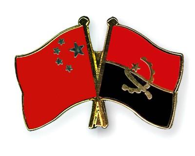 Crossed Flag Pins China-Angola