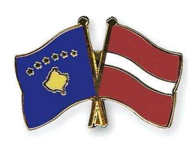 Crossed Flag Pins Kosovo-Latvia