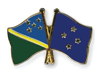 Crossed Flag Pins Solomon-Islands-Micronesia