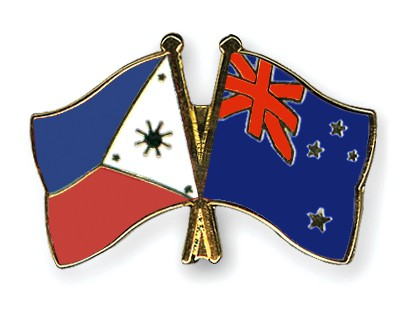 Crossed Flag Pins Philippines-New-Zealand