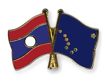 Crossed Flag Pins Laos-Alaska