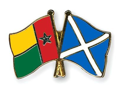 Crossed Flag Pins Guinea-Bissau-Scotland