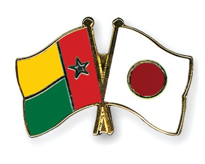 Crossed Flag Pins Guinea-Bissau-Japan