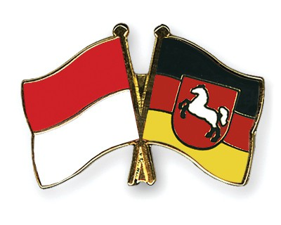 Special Offer Crossed Flag Pins Indonesia-Lower-Saxony
