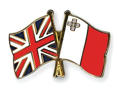 Crossed Flag Pins Great-Britain-Malta
