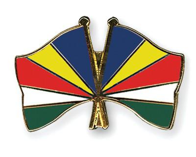 Crossed Flag Pins Seychelles-Seychelles
