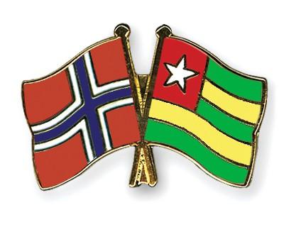Crossed Flag Pins Norway-Togo