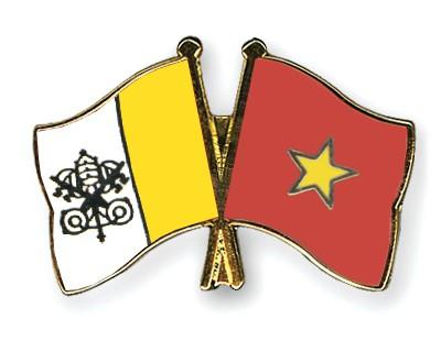 Crossed Flag Pins Vatican-City-Vietnam