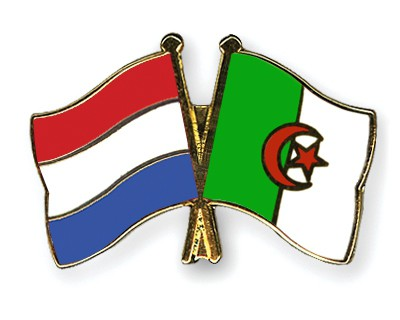Crossed Flag Pins Netherlands-Algeria