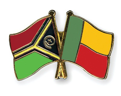 Crossed Flag Pins Vanuatu-Benin