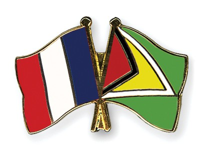 Crossed Flag Pins France-Guyana