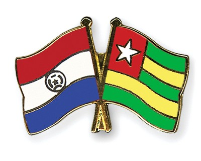 Crossed Flag Pins Paraguay-Togo