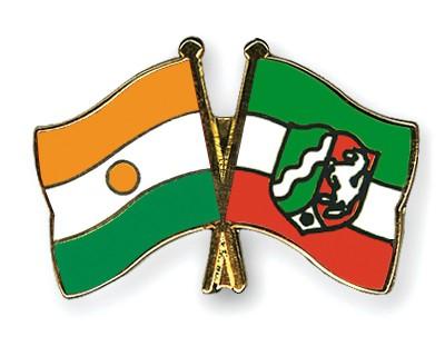 Crossed Flag Pins Niger-North-Rhine-Westphalia