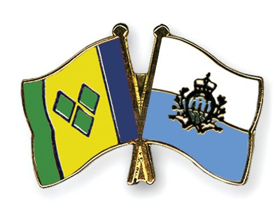 Crossed Flag Pins Saint-Vincent-and-the-Grenadines-San-Marino