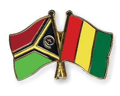 Crossed Flag Pins Vanuatu-Guinea