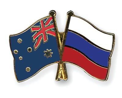Crossed Flag Pins Australia-Russia