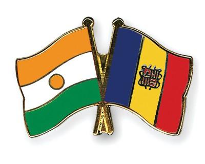 Crossed Flag Pins Niger-Andorra