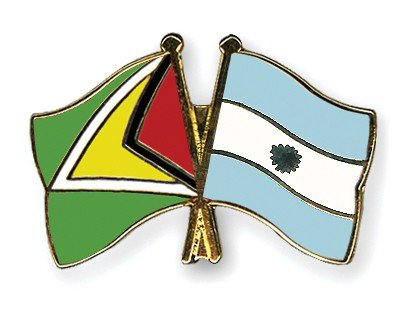 Crossed Flag Pins Guyana-Argentina