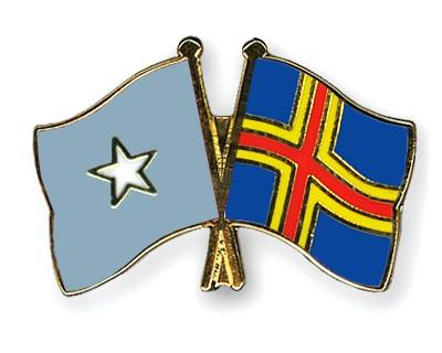 Crossed Flag Pins Somalia-Aland