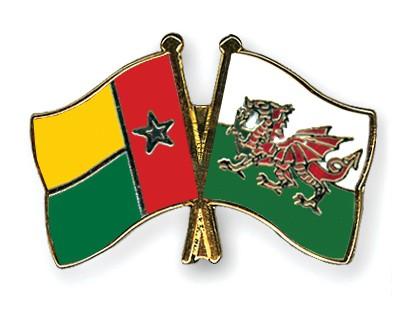 Crossed Flag Pins Guinea-Bissau-Wales