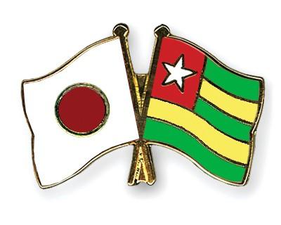 Crossed Flag Pins Japan-Togo