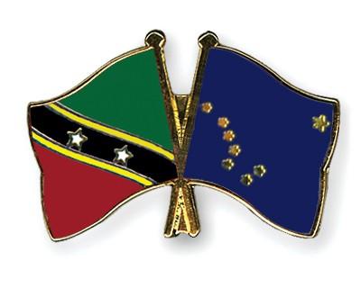 Crossed Flag Pins Saint-Kitts-and-Nevis-Alaska