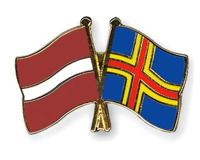 Crossed Flag Pins Latvia-Aland