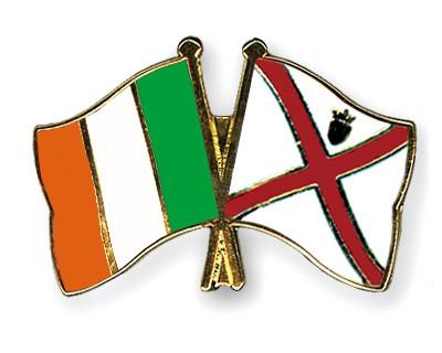 Crossed Flag Pins Ireland-Jersey