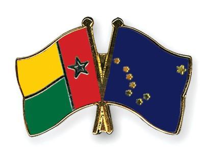 Crossed Flag Pins Guinea-Bissau-Alaska